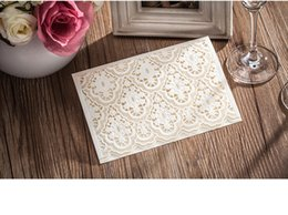 Wholesale New Design Hollow Laser Cut Wedding Invitations Cards Beautiful Personal Customized Wedding Suppliers Cards Formal Bridal Wedding Cards
