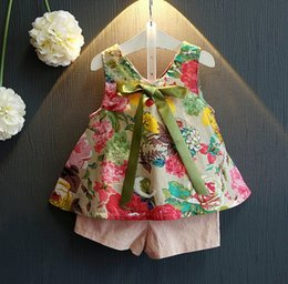 Wholesale 2016 Baby girl kids Summer Clothes piece set outfits Sleeveless floral tutu tops shirt vest blouse shorts pants ribbon bow Beautiful
