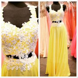 Popular Lace Appliques Bodice Prom Dresses Two Pieces Beaded Lace Strapls Yellow Chiffon Long Evening Party Gowns Formal Wear
