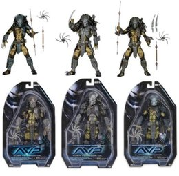 Wholesale NECA Movie Aliens vs Predator Series Ancient Warrior Masked Scar Temple Guard Predator PVC Action Figure Model toy