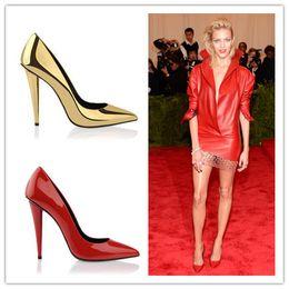 Nouvelle Arrivée Sexy Pointe Toe Laser Spike Talons Femmes Pompes Slip sur Design Luxe Marque GoldenRedBlack Mariage Chaussures Femme à partir de rouge à pointes hauts talons fabricateur