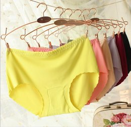 Wholesale 2016Women Seamless Briefs Hipster Sexy Silk Women Panties Underwears Solid Pattern Panties For Women Colors