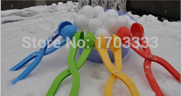Wholesale Snowball tools Snowball clip Snow Ball Maker Sand Mold Tool Snowfight Battle Scoop Clip Christmas gift