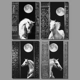 Wholesale Luxurious Retro black white living room decoration Full Moon horse canvas painting printed wall hanging home decor unframed