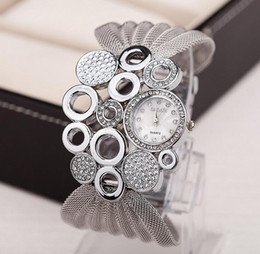 Wholesale 2016 Fashion watch lady hot style watches mesh belt studded watch women clothing accessories table sell like hot cakes gifts