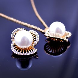 Summer petal imitation pearl and crystal necklace korean new design elegant fashion concise classic high quality necklace GL6016N