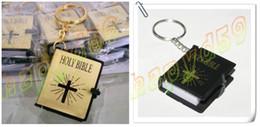 Wholesale English Christian Gospel Christmas gifts crafts mini bible keychain God day school supplies prizes key ring souvenir