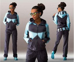 Wholesale Women s survetement fall winter vs love pink jogging suits for women quality velvet sport tracksuits hoodie n pants piece outfits se