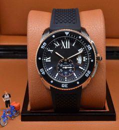 Regarder bracelet en caoutchouc noir à vendre-Luxe Neuf Sports Qualité Calibre 16 Lunette en céramique Montre à quartz pour homme Hommes Date Sports 43.5MM X 12.5MM Bracelet en caoutchouc noir Montres-bracelets