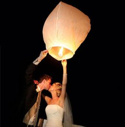 Wholesale White Chinese Paper Lanterns Kongming Flying Wishing Lamp Fire Sky Fly Candle Lamp For Birthday Wish Party Wedding Decoration