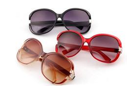 2016 Fashion Sexy Women Sunglasses Butterfly Sunglass Female Acetate Black Point sun Brand Eyewear UV 400