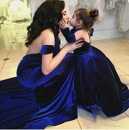 2016 Long A-line African Prom dresses Crew Neck Royal Blue Velvet Long Sleeves Elegant Prom Dresses Vestido De Festa Mother Daughter Mini Me