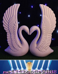 Wholesale NEW Romantic White Swan Plastic Roman Column Wedding Welcome Area Decoration Photo Booth Props Supplies MYY19