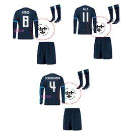 Wholesale New Real madrid Soccer Jerseys Full Sets Long Sleeve Football Shirts Sock Kroos Jame Bale Camisetas De Futbol Away Blue Soccer Uniforms