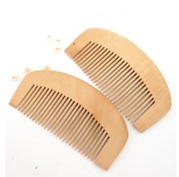 Wholesale Natural peach Wood Comb Close Teeth Anti static Head Massage hair care Wooden
