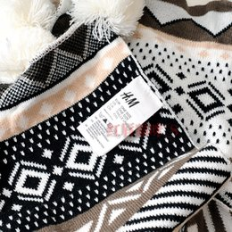 Wholesale National trend autumn and winter h m beige and black plaid ball knit double side Scarf Shawl thickening sweety