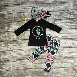 Wholesale 2016 girls wild free clothing babay girls Fall outfits baby girls boutiques clothing with matching accessories