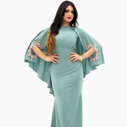 Wholesale Hot Sale Sheath Chiffon Arabic Removable Cape Long Party Evening Dresses With Beadwork Flowers Evening Gowns