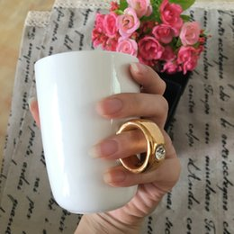 Wholesale HOT SELL Valentine Cup Cute Mug Novelty items Elegant Austria Crystal Diamond Carat Ring Ceramic Cup