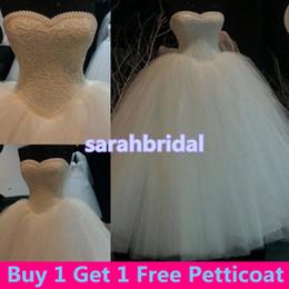 Vintage Victorian Masquerade Ball Bridal Gowns for Luxury Arabic Saudi Arabia Princess Style Brides Wear Sale Pearls Wedding Dresses Cheap