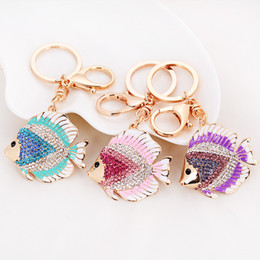 Wholesale Adorable Goldfish Key Chains New Arrivals Car Keychains Rhinestone Zinc Alloy Carabiner Keychains for Women and Girls ysz