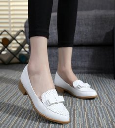 Full genuine leather shoes woman flat shoes 2016 comfortable British style low-heeled pointed women fashion shoes flat big size