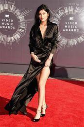 Kylie Jenner Red Carpet Dresses High Thigh Slit Evening Dress Oscar Deep V Neck Black Prom Gown Custom Made vestido longo Celebrity Gowns