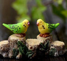Wholesale Artificial Birds Parrots Animals Ornaments Miniatures for Fairy Garden Gnome Resin Crafts Bonsai Bottle Garden Decoration Toys