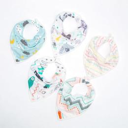 Baby Bibs Boys Girls Unisex Button Triangle Towel Slobber Cartoon Cotton Burp Cloths Newborn Bib Kid Bandana Bibs Infant Scarf