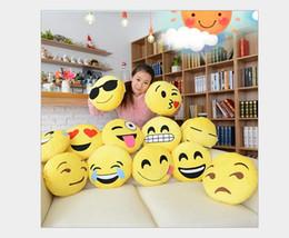 Wholesale 2016 Hot Sale Emoji Motif Coussin rond jaune Accueil Decorative Pillow peluche peluche Peluche Doll émoticônes cadeau d anniversaire