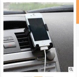 Wholesale car styling and car accessories Car phone holder retractable outlet car charger charger ibook
