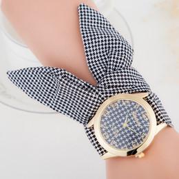 Hot Classical Brand New Geneva Watch for Woman Casual Bracelet Cloth Strap Sport Watch Women Cute Simple Style Dress Watch