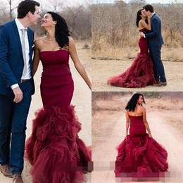Mermaid Burgundy Wedding Dresses Vintage Colorful Strapless With Organza Ruffles Backless Long Hot Sale New Red Wine Bridal Gowns