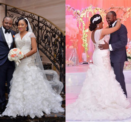 2016 African New Plus Size Mermaid Wedding Dresses V Neck Cap Sleeves Organza Tiered Ruffles Corset Back Long Court Train Formal Bridal Gown