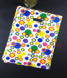 50pcs lot 25x35cm Plastic Shopping Bag With Handle Clothing Jewelry Packaging Bags Colorful Face Print Gift Bags For Boutique