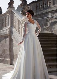 Hot Sale Fashion Full Sleeve White Ivory lace Satin Wedding Dress Chapel Train A-Line Zipper Wedding Dress Custom Size