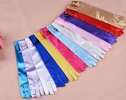 Wholesale Guantes largos de la princesa para las muchachas Guantes de los guantes de Elsa Guantes del vestido de boda con los accesorios del traje del arco Guantes de satén regalo de cumpleaños colores