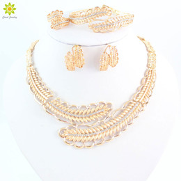 Latest Design Rhinestone Necklace Set Top Quality Gold Plated Vintage Women Costume Bridal Weeding Jewelry Sets