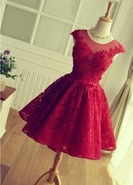 2016 New Cocktail Dresses Illusion Neck Cap Sleeves Lace Appliques Beaded Burgundy Short Homecoming Dress Party Dress Prom Gowns For Women