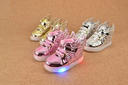 Wholesale New LED Flash Light Wings Children Sports Shoes Fashion Kids Casual Sneakers Baby Girls Athletic Shoes Wing Usb Shoes Gold Pink Silver A5774
