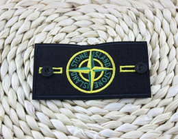 Wholesale MILITAIRES SANS FRONTIERES D PVC Patch Armband Banner Skull Island Map Rubber Tactical Bear Gear Cycling Patch
