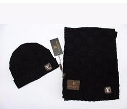 Wholesale Factory Fashion Brand Logo Winter Scarf Hat Set High Quality Wool Knitted Beanies Skully Hats Cashmere