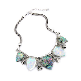 Wholesale 2016 Avery Statement Necklace Color Design Stone Choker Necklaces Crystal Charms Vintage Silver Tonal for Lady