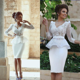 Fitted Cocktail Dresses Illusion Bodice V Neck Sheer Lace Long Sleeves Crop Top Peplum Sheath Formal Party Gowns with Appliques