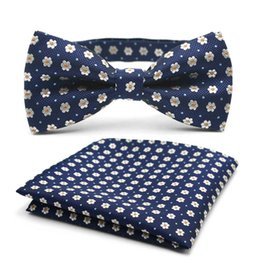 Men Paisley Design Neck Bowtie Bow Tie And Pocket Square Handkerchief Hanky Suit Free shipping 1 Set