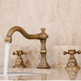 Wholesale 2016 Hot Sale Classic Faucets Faucet Fashion Antique Wash Double Holes Faucet Vintage Copper Basin Hot Piece Set Counter