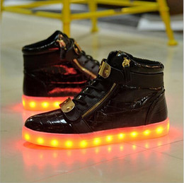2016 New New men Women LED Light Shoes USB Rechargeble Luminous Woman Shoes led men USB shoes light up sneaker
