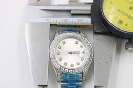 Wholesale Los relojes de acero blancos de las mujeres de los diamantes de la cara m m de la marca de fábrica al por mayor de la marca de fábrica mecánica automática de la marca de fábrica de las señoras de la fecha del reloj m m Relojes de pulsera