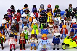 Figuras de la gente modelo en Línea-Las figuras de acción de Playmobil del envío los 7.5cm libres juegan a los pequeños bloques huecos E1736 del modelo de la gente del niño del castillo