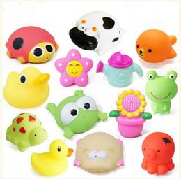 Wholesale High Quality Baby Bath Water cartoon animals Toy Mini Water spray toys Bath Toy Children Swiming Beach Gifts JF